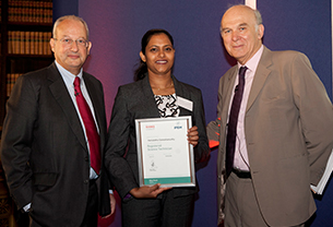 Female technician receiving RSciTech award