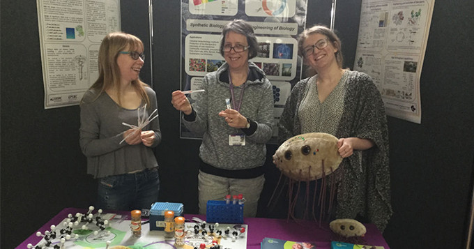 Registered Scientist Sandra Taylor volunteering at a British Science Week event