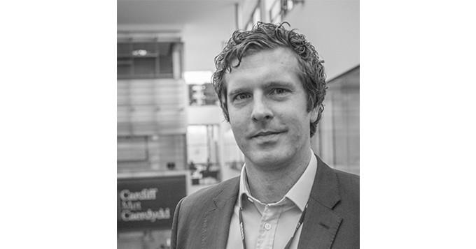 Portrait photo of Professor Tom Crick CSci
